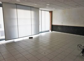 location Local Commercial 100 m²  35