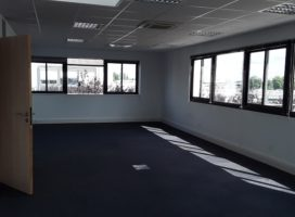 location Bureaux 168m² BOUGUENAIS 44