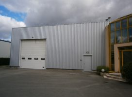 location Local d'activité 970 m² SAINT JACQUES DE LA LANDE 35
