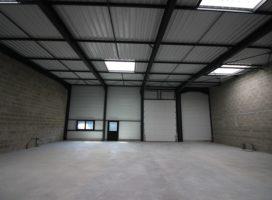 location Local d'activité 250m² PLESCOP 56