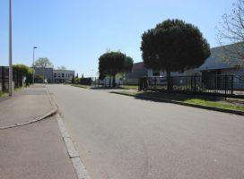 location Local d'activité 380m² LA MEZIERE 35