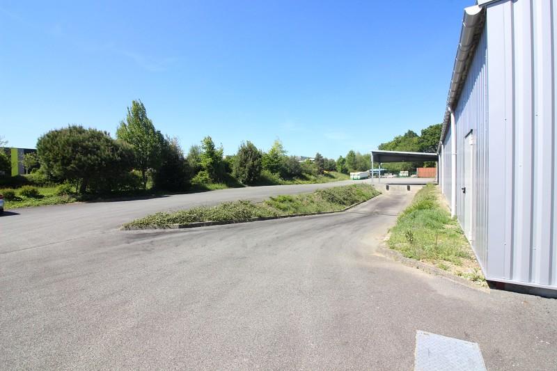 location Local d'activité 630m² PLESCOP 56