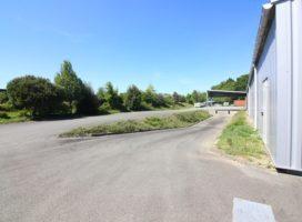 location Local d'activité 430m² PLESCOP 56