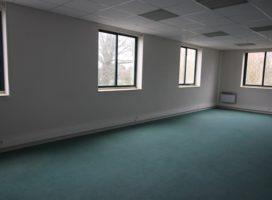 location Bureaux 143m² VERN SUR SEICHE 35