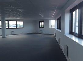 location Bureaux 214.8m² BOUGUENAIS 44