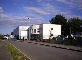 location Local d'activité 1020m² LA MEZIERE 35