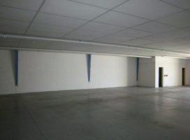 location Local d'activité 640m² VEZIN LE COQUET 35