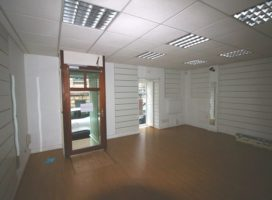 location Local Commercial 62 m² VANNES 56