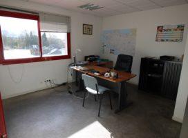 location Bureaux 297m² VERN SUR SEICHE 35