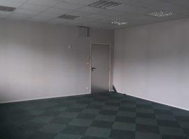 location Bureaux 82m² BOUGUENAIS 44