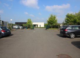 location Local d'activité 700m²  35