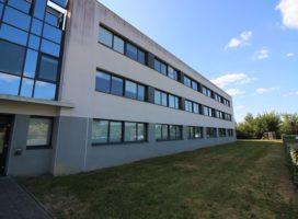 location Bureaux 103m² BRUZ 35