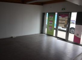 location Local Commercial 65 m² VANNES 56